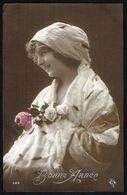 """FEMME - CP - Jeune Femme Avec Foulard Sur La Tête - """" Bonne Année """" - Circulé - Circulated - Gelaufen - 1914. - Femmes"""