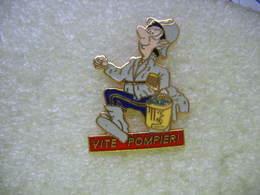 Pin's Vite Pompier! - Firemen