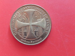 Medaille Touristique - Sainte Odile 2012  - ARTHUS BERTRAND - 2010