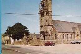 Peugeot 104 404 Pickup Renault R8 - PLOUBEZRE La Place De L'Eglise - Voitures De Tourisme