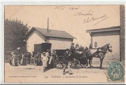 CPA- PATAY - La Sortie De La Gare- 1904-dép45-(très Animée Personnages Calèches Chevaux)TBE-2scans - Autres Communes
