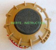 Superbe . .Mine  VS 50 - ANTI PERSONNEL -  Totalement INERTE - INSTRUCTION - VOIR PHOTOS - Armes Neutralisées