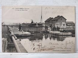 Saint-Omer. Ecluse Du Haut-Pont. Passage Péniche - Saint Omer