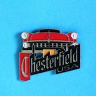 1 PIN'S //  ** CADILLAC / CHESTERFIELD USA ** . (3615 Chesterfield) - Badges