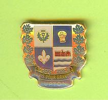 Pin's Ville Du Québec Upton - 10FF26 - Villes