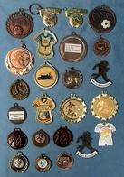 23 X Regionale Fußball-Medaille Von Ca. 2004 Bis 2008  -  Vereinssport - Meißt Südhessen - Aus Metall - Ohne Zuordnung