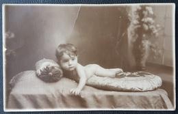 E11nn Lebanon 1920s Very Beautiful Posctard - A Child - Antoine DAKOUNI Beyrouth - Lebanon