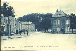 08 Ardennes CHARLEVILLE  La Place Du Moulinet Et Maison De Retraite Animée - Charleville