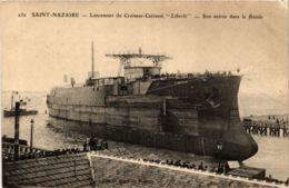 CPA ST-NAZAIRE Lancement Du Croiseur-Cuirassé LIBERTÉ (864361) - Saint Nazaire