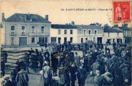 CPA ST-PERE-en-RETZ Place De L'Eglise (864388) - France