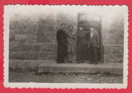 244860 / Varna - Lighthouse St. Nicholas - 1944 OFFICER MAN WOMAN  , Vintage Original Photo , Bulgaria Bulgarie - Personnes Anonymes