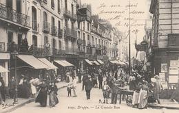 CPA     76 DIEPPE  LA GRANDE RUE    TRES ANIMEE   SIGNEE G MARCHAND    ANIMEE    1908   A89 - Dieppe