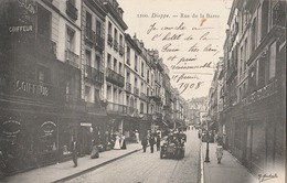 CPA     76  - DIEPPE    RUE DE LA BARRE  1908  ANIMEE SIGNEE MARCHAND     A 90 - Dieppe