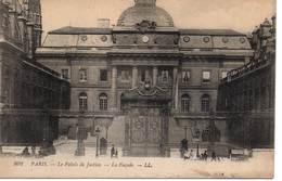 PARIS - Le Palais De Justice - La Façade - Other Monuments