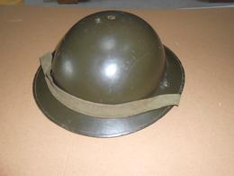 CASQUE ANGLAIS POUR BELGIQUE POST WAR - Headpieces, Headdresses