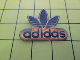 710b Pins Pin's / Rare & Belle Qualité THEME MARQUES / ADIDAS - Trademarks