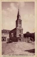 72 - SAINT-DENIS-D'ORQUES - L'Eglise Et Le Monument Aux Morts De La Grande Guerre 1914-1918 - Other Municipalities