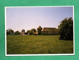 78 Yvelines Voisins Le Bretonneux Ferme Decauville ( Carte Avec Un Leger Pli Vertital Invisible Sur Les Scans ) - Francia