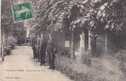 02...Vailly Sur Aisne  ..........  Le Jeu D'arc   ( Rare )   N 215 - France