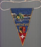 GRAND ECUSSON FANION TISSU BRODE - GENEVE - Blazoenen (textiel)