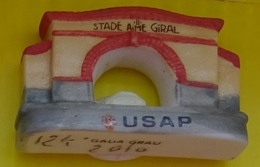 Fève  - Galia Grau 2010 - USAP - Stade De Rugby Aimé Giral. - Fèves