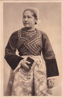 1920'S CPA FOLK DRESSED- JEUNE FILLE DE PLOARE, ENVIROS DE DOUARNENEZ. ETUDE DES COIFFES DE . COLLECTION VILLARD- BLEUP - Costumes