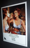 Carte Postale : Lou Boutique (soutien-gorge - Lingerie - Pin-up) (1964) - Pin-Ups
