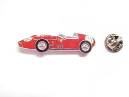 Superbe Pin's En EGF , Auto Ferrari - Ferrari