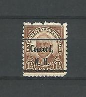 1930  N° 684 SURCHARGE CONCORD, N. H. HARDING  1 1/2  CENTS 1 1/2  DENT 11 1/4 X 10 1/2  OBLITÉRÉ  DOS CHARNIÈRE - Vereinigte Staaten