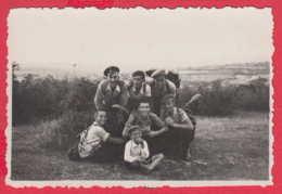 244961 / Pleven Kaylaka - 1937 YOUNG MEN BOY , Vintage Original Photo , Bulgaria Bulgarie - Personnes Anonymes