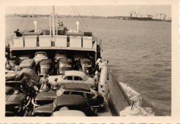 Photo Voitures,traversée Sur Le Bac ,années 50 - Cars