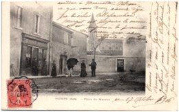 11 HOMPS - Place Du Marché - France