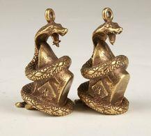COBRA Figurine Pendentif Cool  BRONZE 2,50  EUROS PIECE - Asian Art