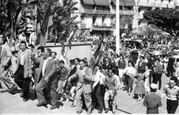 ALGERIE Algeria ( MILITARIA ) ALGER : Montée Au Forum Le 13 Mai 1958 - CPSM Photo Format CPA N° 199 - Algerien