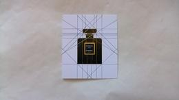 Carte Parfumée Chanel Coco Noir N°2 - Modern (from 1961)