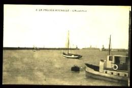 LA PALLICE-ROCHELLE - 4 : L' Avant-port - (Beau Plan Animé Avec Bateaux) - La Rochelle