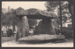 101134/ SAINT-NAZAIRE, Dolmen Trilithe - Saint Nazaire