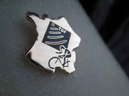 Pin's   Tour De France Cycliste  TDF   Carte De France   Zamak  Proderam - Cycling