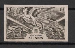 Réunion - 1946 - PA N°Yv. 35 - Victoire - Non Dentelé / Imperf. - Neuf Luxe ** / MNH / Postfrisch - Réunion (1852-1975)