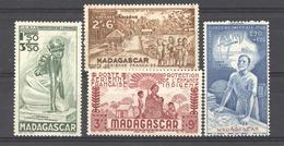 Madagascar  -  Avion  :  Yv  41-44  ** - Madagaskar (1889-1960)