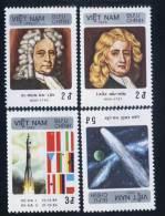 Vietnam Viet Nam MNH Perf Stamps 1986 : Appearance Of Halley's Comet / Newton / Halley / Space (Ms485) - Vietnam