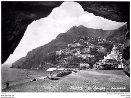 Photo Cpsm Cpm ITALIE. Positano. Spiaggia - Italia