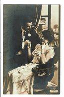 CPA - Carte Postale-Belgique - Un Couple Se Tenant La Main 1907  VM4526 - Couples