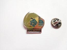 Beau Pin's , Poste à Souder Duratrode , Matériel De Soudure , Gentilly - Badges