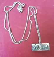 """Pendentif Médaille Coeur """"YOO THE END"""" + Chaînette En Métal Argenté - Pendants"""