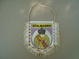 FANION ECUSSON TISSUS REAL-MADRID - Blazoenen (textiel)