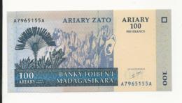 Madagascar 100 Ariary 500 Francs 2004 UNC - Madagascar