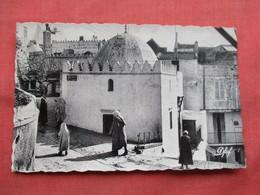 Tanger  Rue Berraissoul   Ref  3481 - Tanger