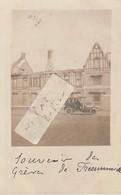 FRESSENNEVILLE  - Maison De Mr. Edouard Riquier  Après L'incendie En 1906 - Souvenir Des Grèves   ( Carte-photo ) - Autres Communes