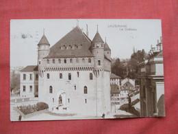 Lausanne Le Chateau  RPPC  Has Stamp & Cancel   Switzerland > VD Vaud  Ref  3481 - VD Vaud